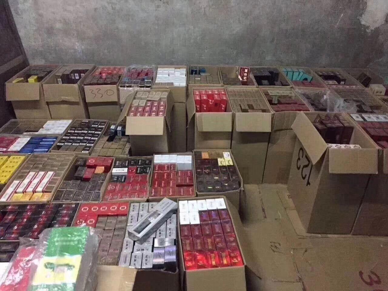 微商正品免税出口香烟一手货源,一手价格外烟批发货源的封面大图